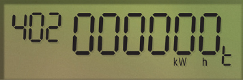 A close up of an AMI electricity meter screen. There are small numbers on the top left that reads 402. The larger numbers say 000000 and below them it reads kW h t. (15-026_02_1)