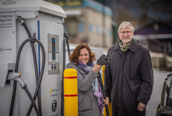 nelson-gets-charged-up-on-a-new-ev-fast-charging-station-supporting-2